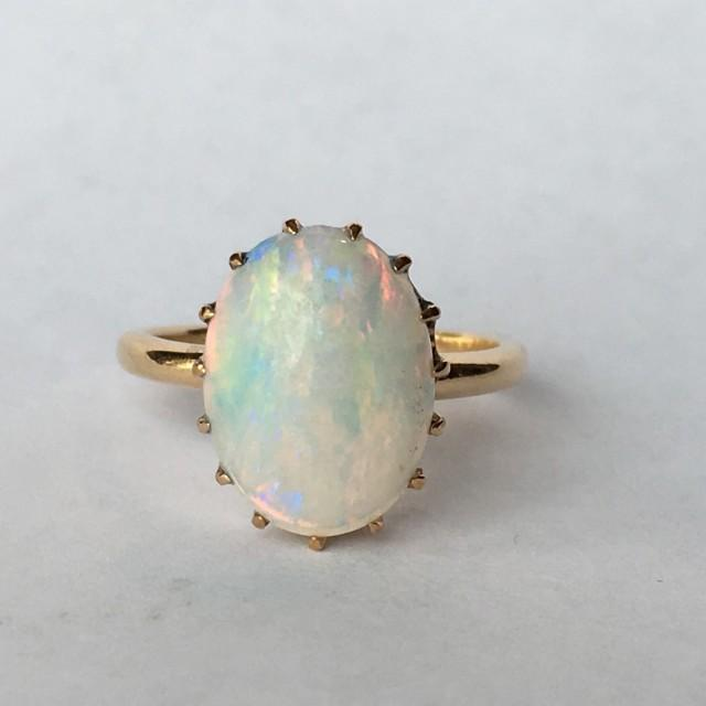 Vintage Opal Ring 3 Carat White Opal In 14k Yellow Gold