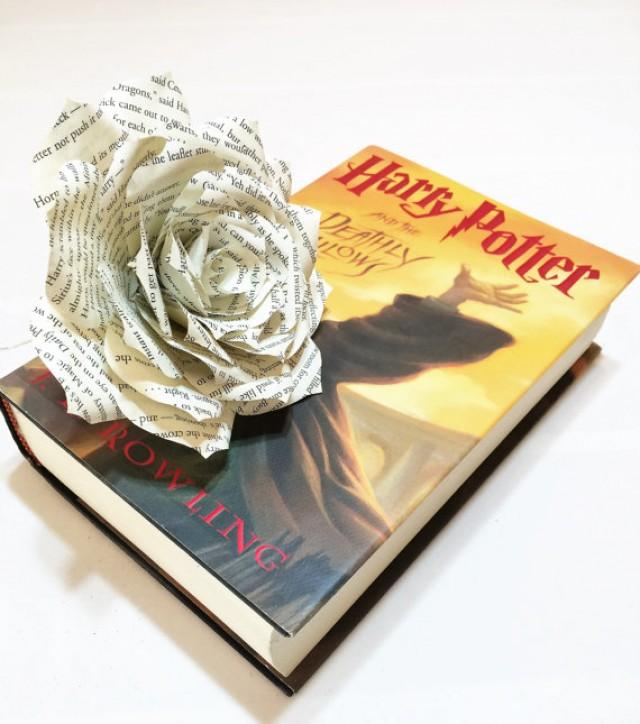 Book flower book page flowers book paper rose paper book flower book flower book page flowers book paper rose paper book flower bridal flowers harry potter book flower harry potter bouquet flower 2457034 mightylinksfo