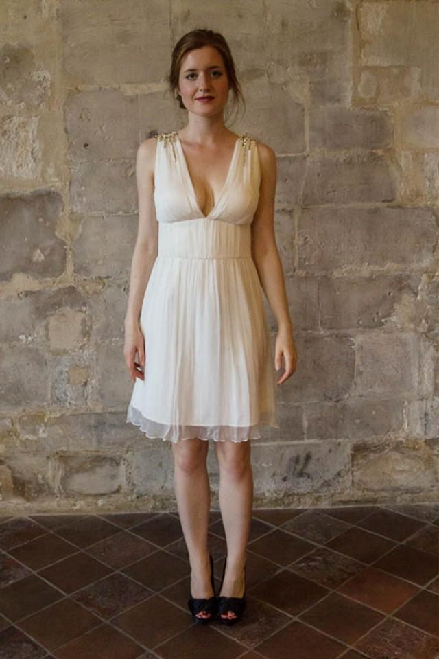 short chiffon wedding dress v neck wedding dress simple. Black Bedroom Furniture Sets. Home Design Ideas