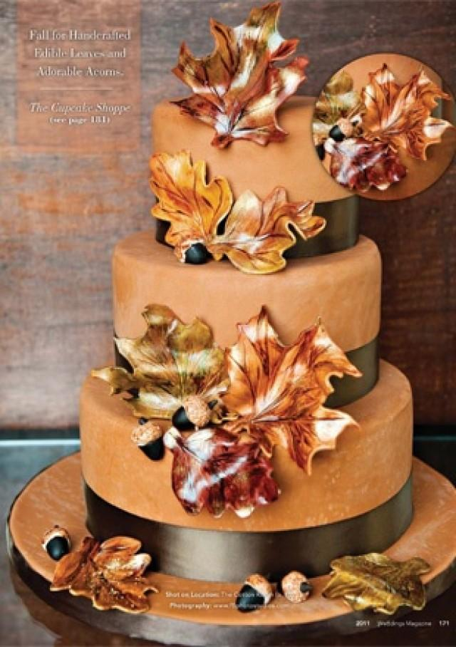 fall cake. love the leaves. #fall #autumn