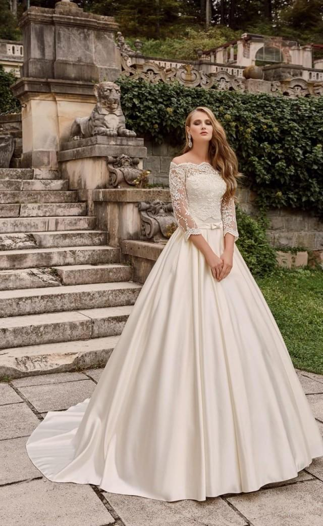 Princess 2016 wedding dresses with bolero lace bridal ball for Wedding dress discount warehouse