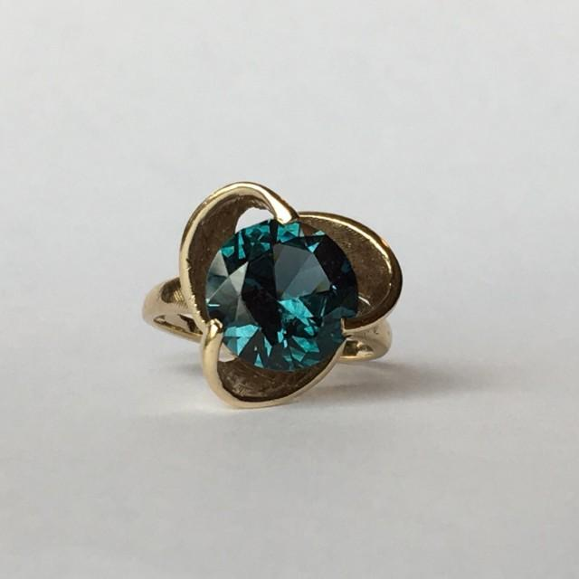 Vintage Spinel Ring 3 Carats Dark Blue Spinel Set In 10k Yellow