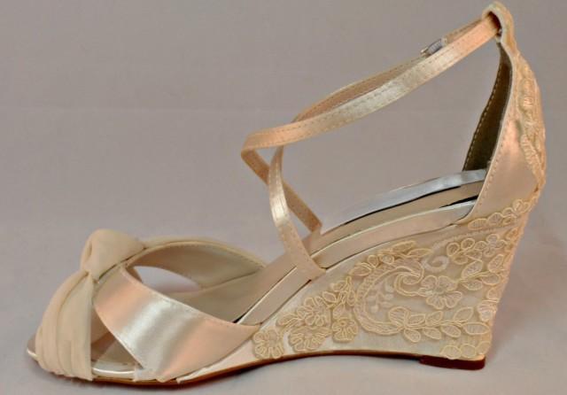 Ivory Wedding Wedge Heels: Pearl And Lace Bridal Wedge Vintage Lace Wedding Wedge