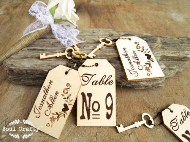 Retro Wedding Gifts: Vintage Key Escort Card Tag Engraved Wooden Place Cards