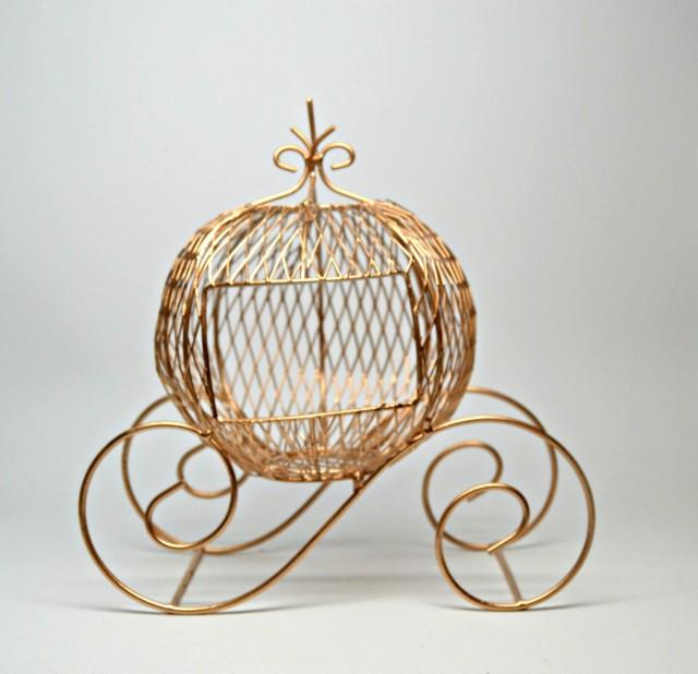 Wire cinderella coach gold wedding