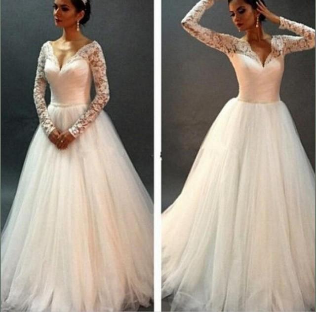 Vintage V Neck White Lace Wedding Dresses Sheer Winter