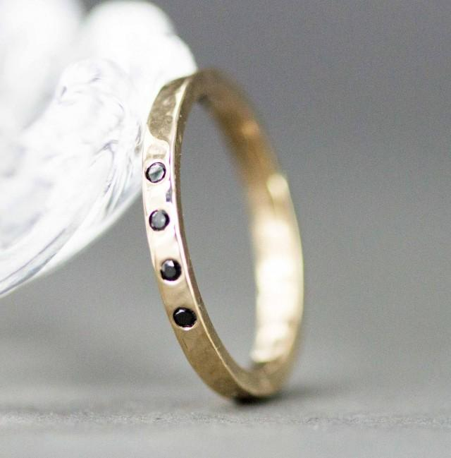 2 0 Mm Bands: Gold And Diamond Wedding Band
