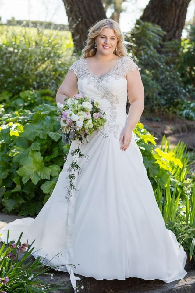Plus Size Lace Applique Wedding Dress Up To Size 28w 2510793