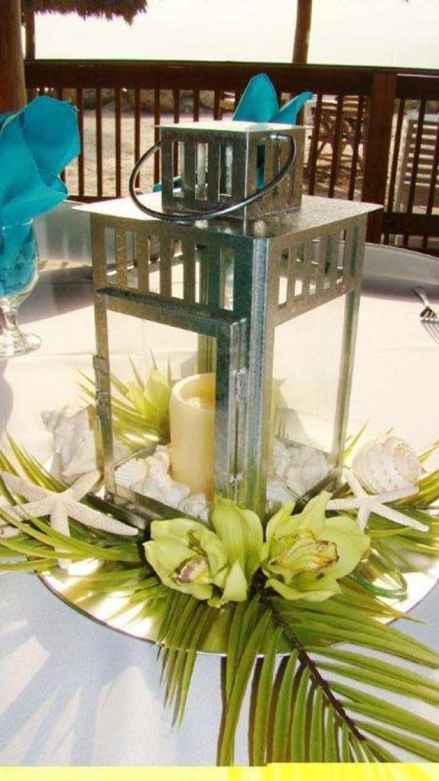 Tema de la boda beach reception centerpieces