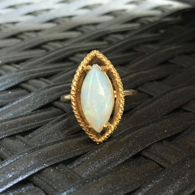 Vintage Opal Ring 3 Carat White Opal In 14k Yellow Gold Unique
