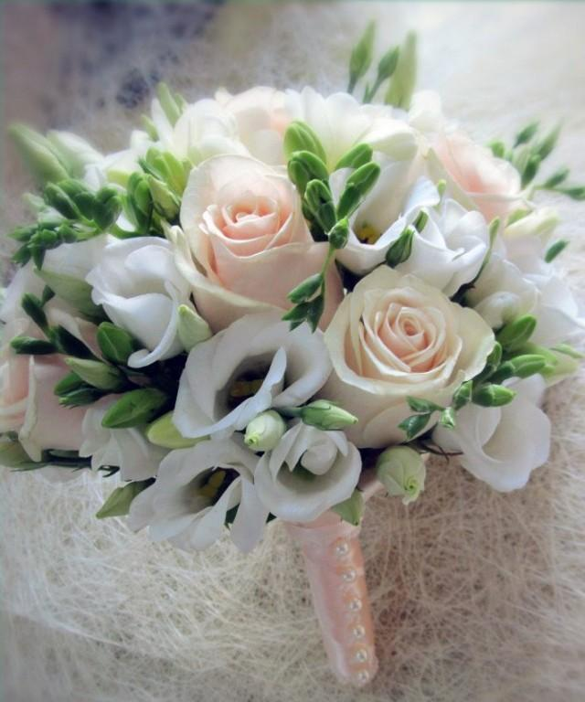 Traditional Wedding Flowers Pictures : Bridal bouquet with white freesia wedding flowers