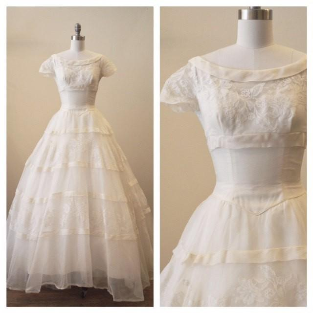Vintage 1950s Silk Organza Wedding Dress With Lace Applique Detail ...