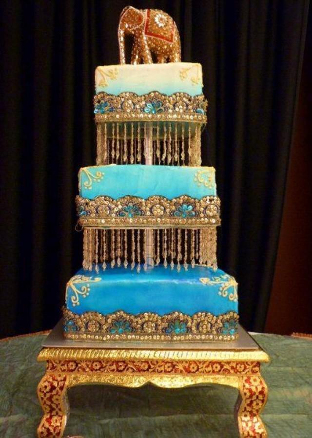 Wedding Theme - 15 Over-the-Top Wedding Cakes Slideshow #2542139 ...