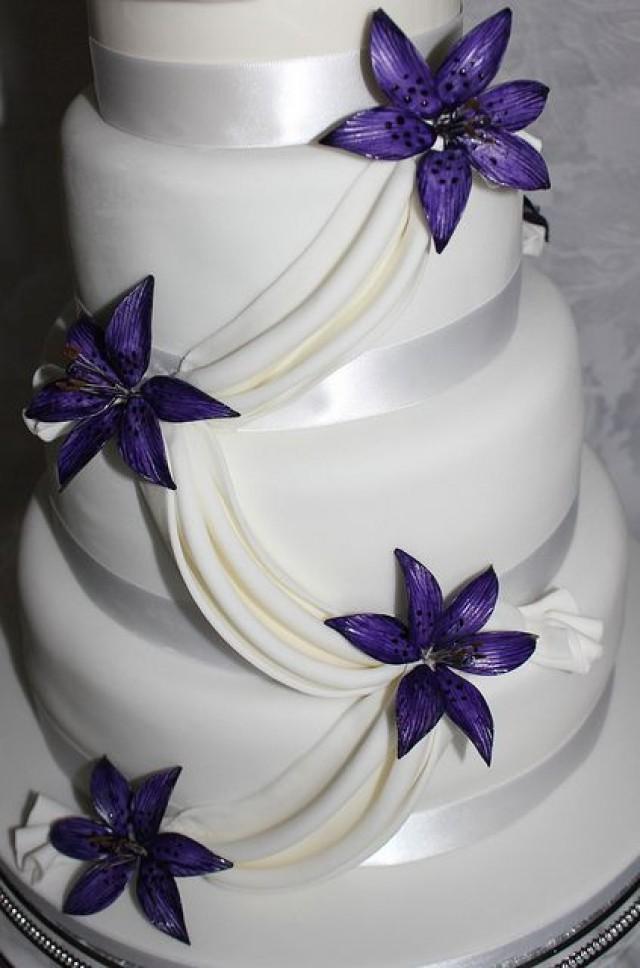 Black Calla Lily Wedding Cakes