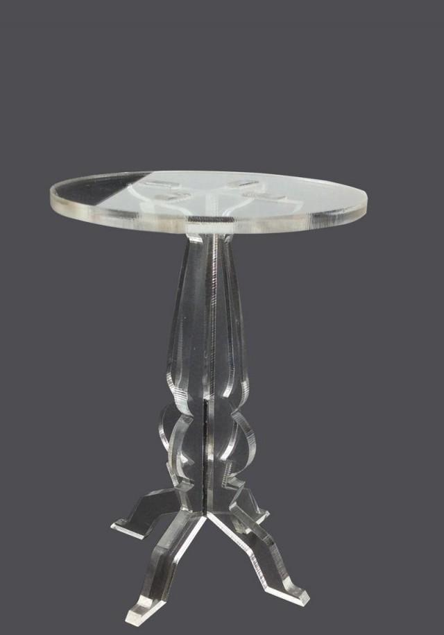 Glass Stand Decoration