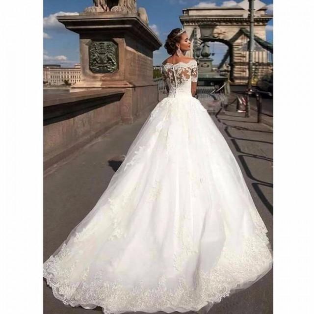 Boothals Trouwjurk.Short Sleeve Lace Vintage Princess Wedding Dresses 2551936 Weddbook
