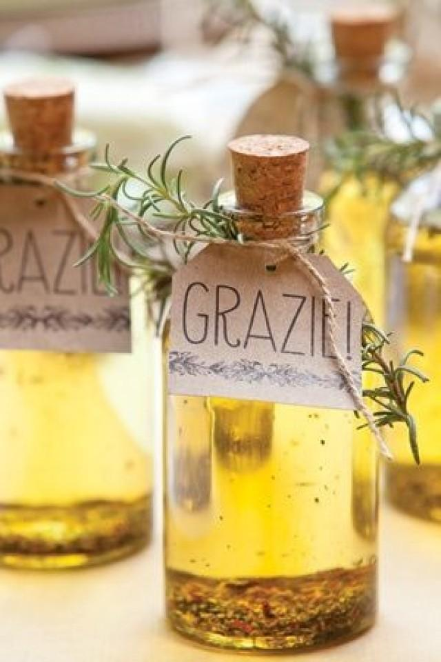 Unique And Actually Useful Wedding Favors And These Mini Olive
