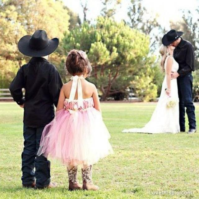 Country Wedding Love Cute Photography Couples Kiss Kids 2573488