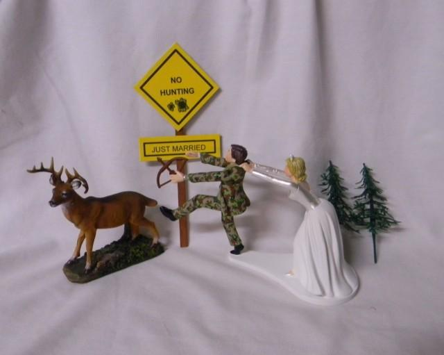 Bow Hunting Cake Topper