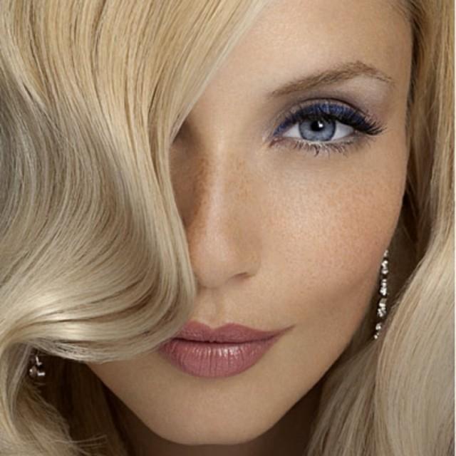 Blonde Frisuren Schöne Blonde Frauen 2599126 Weddbook