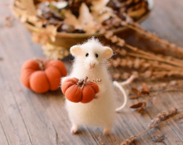 autumn decoration harvest decoration halloween decor pumpkin thanksgiving gift home decoration fall decor doll mouse doll mouse figurine 2601416 weddbook - Harvest Decor