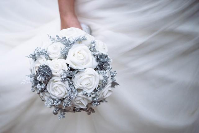 Snow Frost Origami Bouquet Winter Bouquet Winter Wonderland Wedding Wedding Bouquet Snow Bouquet Bridal Bouquet