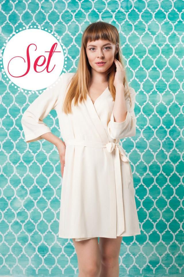 SET OF 3, 4, 5, 6 Cream Robes/ Bridesmaid & Brides Dressing Gown ...