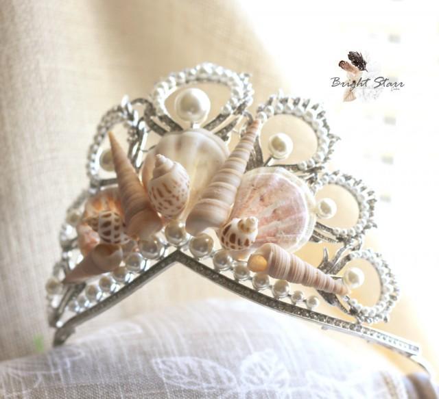 Seashell Mermaid Crown White Natural Shell crown Seaside wedding Hair crown Bridal headpiece headband Wedding halo Beach Wedding