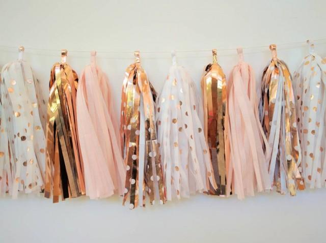 Rose gold wedding garland rose gold and blush tassel for Decoration maison rose gold