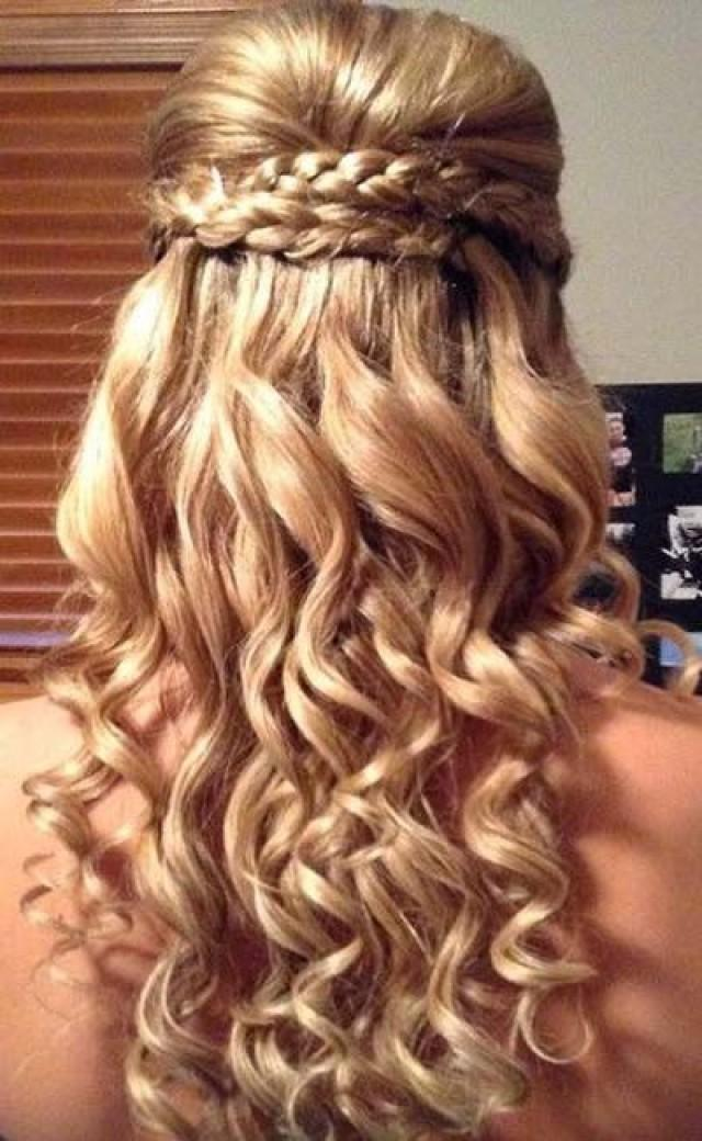 Curly prom hairstyles for long hair to the side with braids