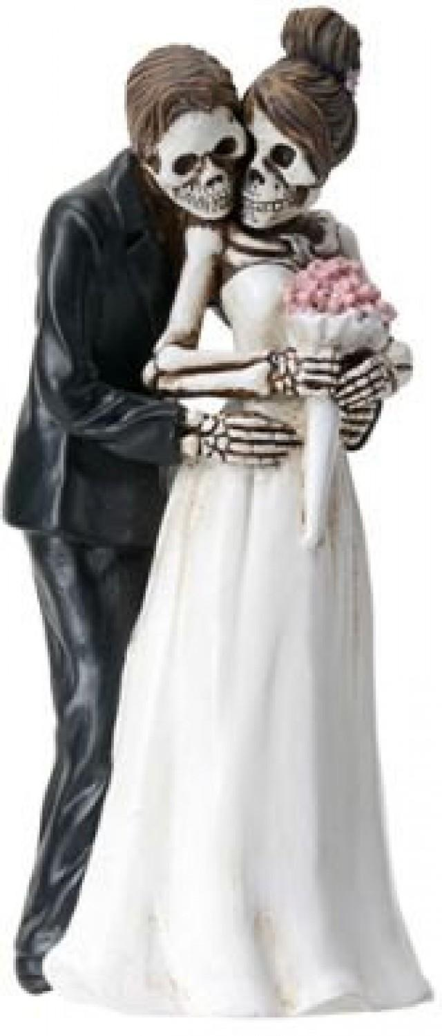 Halloween Wedding Cake Toppers-Bride And Groom Pose For Camera DOD ...