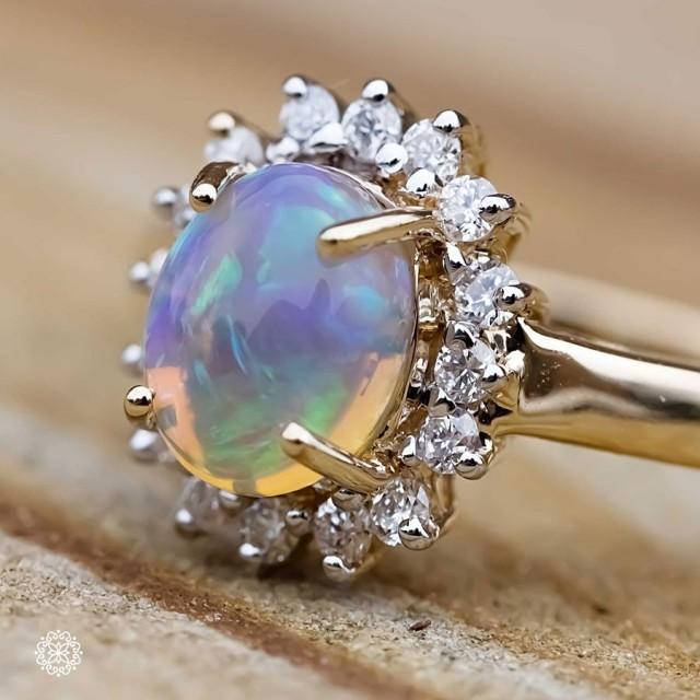 Fantastic Oval Australian Opal Diamond Engagement Ring 18k Yellow Gold 2675504 Weddbook
