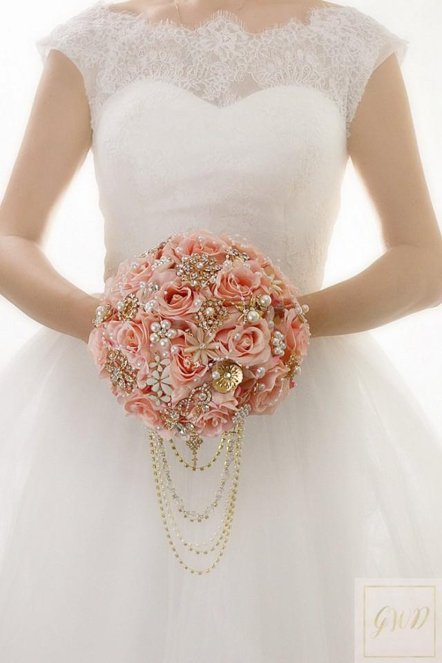 White And Blush Bridesmaid Bouquet