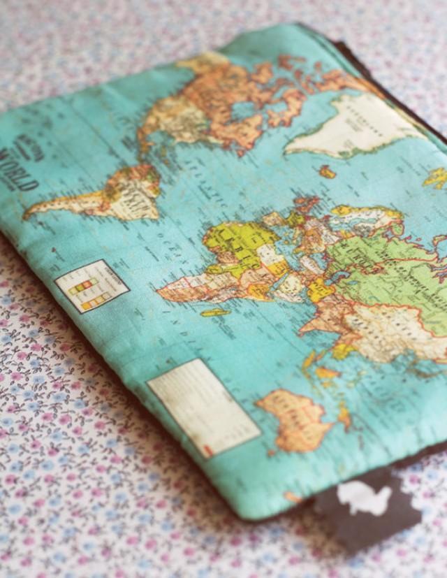 Mapamundi Purse.World Map Purse.Vintage Map Purse. World Map ... on wwii map bag, travel bag, german map bag, korean map bag, military map bag, poster bag, russian map bag, italian map bag, vintage compass, world map bag, leather map bag,