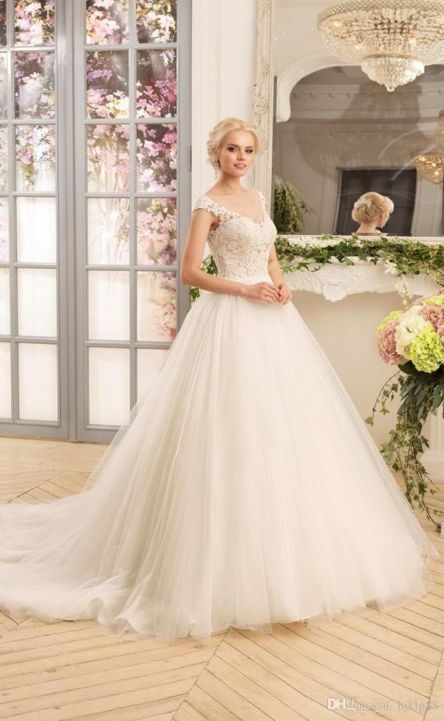2017 New V-Neck Vintage Lace Wedding Dresses Applique Tulle Bridal ...