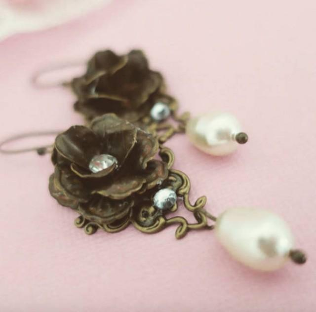 Antique Gold Earrings Vintage Style Earrings Swarovski Pearl And Crystal Earrings Wedding Flower