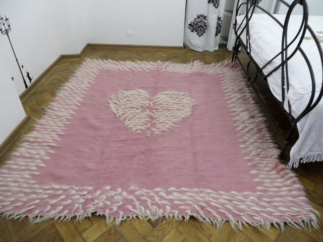 Pink Rug,Toddler Girl Room Rug,Wedding Rug,Handwoven Rug,Pink White Area Rug,Heart  Print Rug,Boho Bedding,Bohemian Rugs,Wool Rug,Pink Throws #2730756   ...