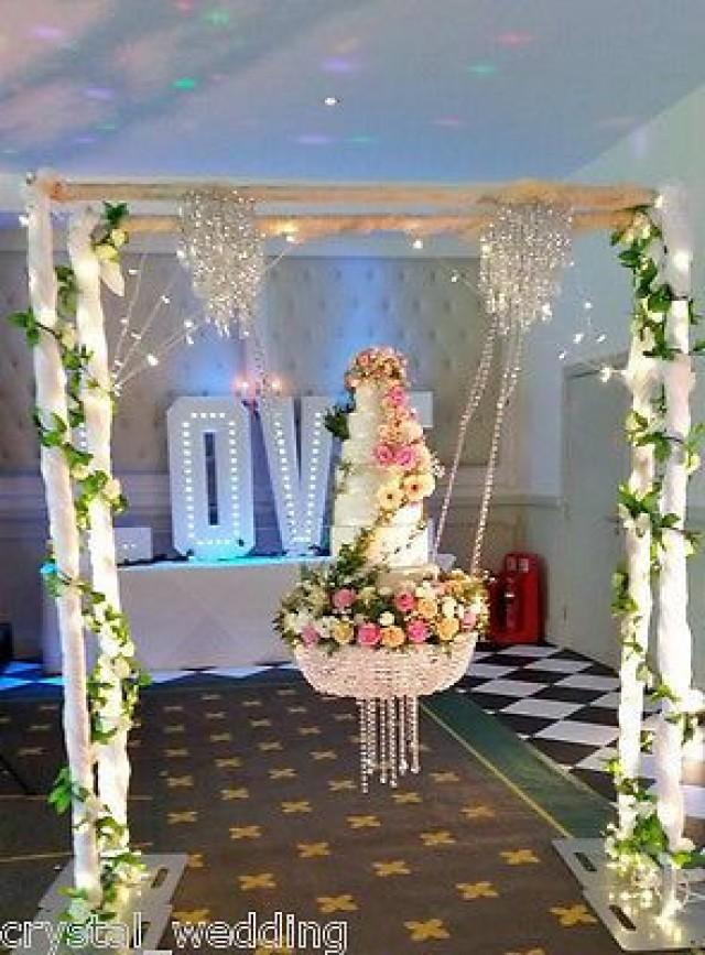 Cake Swinging Chandelier Cake 2736076 Weddbook