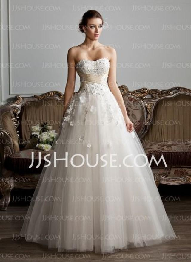 Ball Gown Sweetheart Floor Length Tulle Wedding Dress With Ruffle