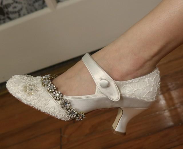 Jazzy Ivory 1920s Wedding Shoes Gatsby Style Shoes Flapper Mary Jane Art Deco Wedding