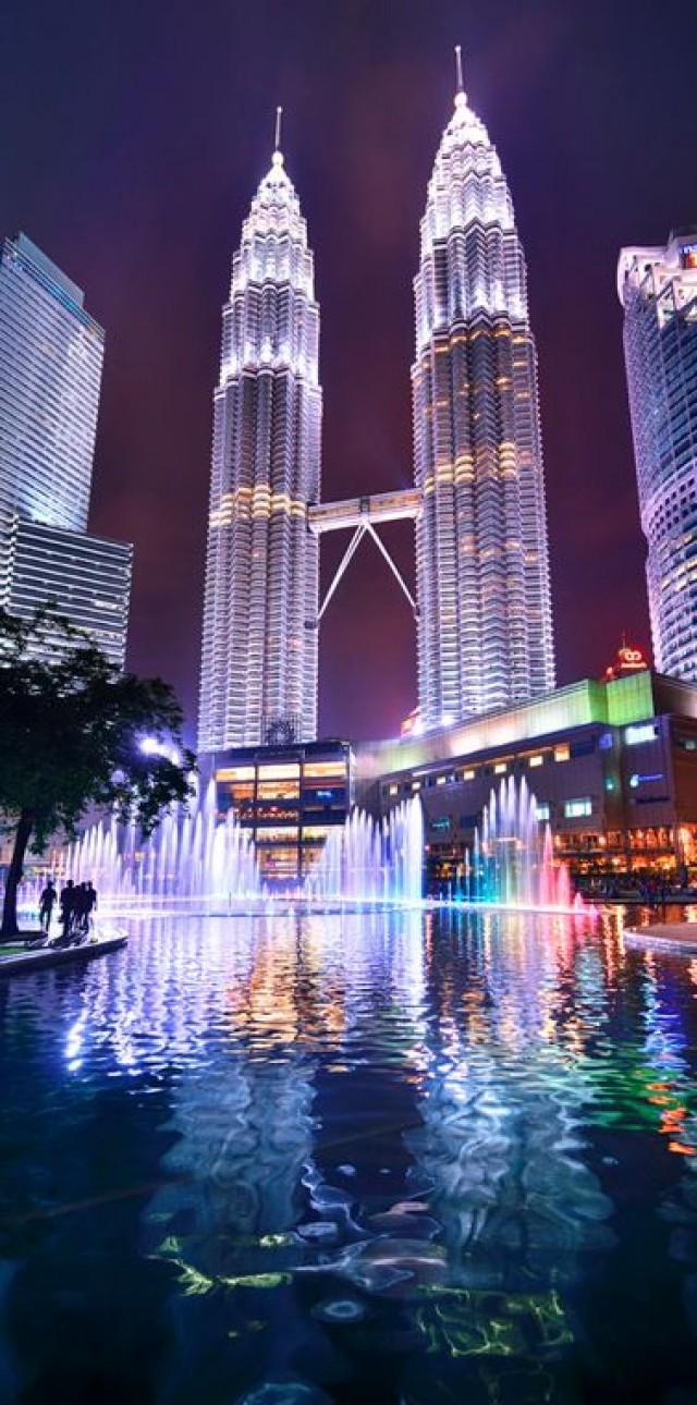 the two special places in kuala Rekindle the spark with someone special with best spots dining place is dining in the dark recognised as one of the best romantic restaurants in kuala.