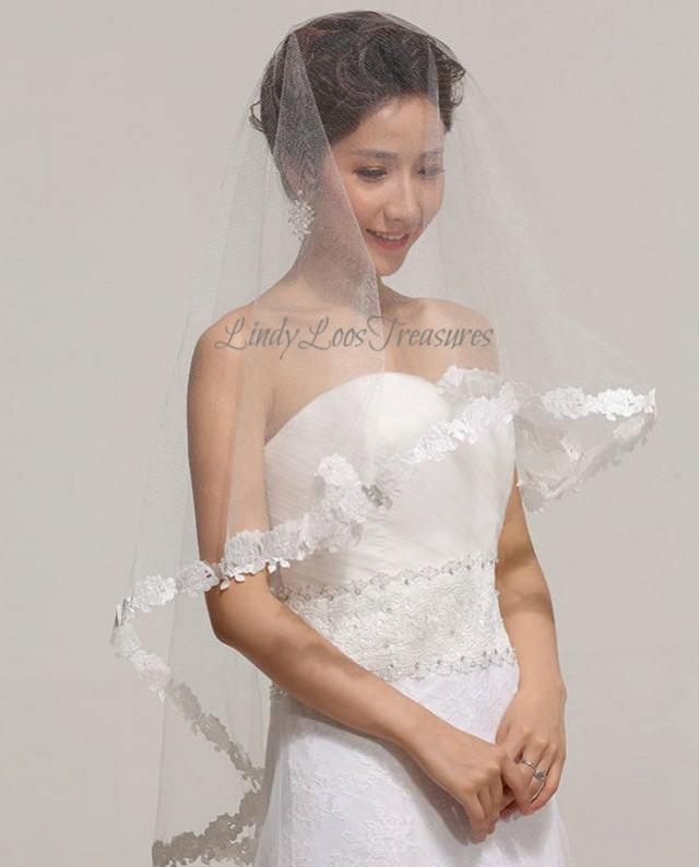 Romantic Flower Lace Edge Bridal Drop Veil, White, Ivory