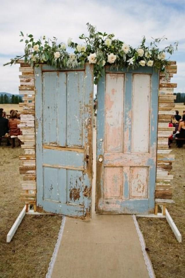 18 Unique Wedding Reception Entrance Ideas For Newlyweds 2800135