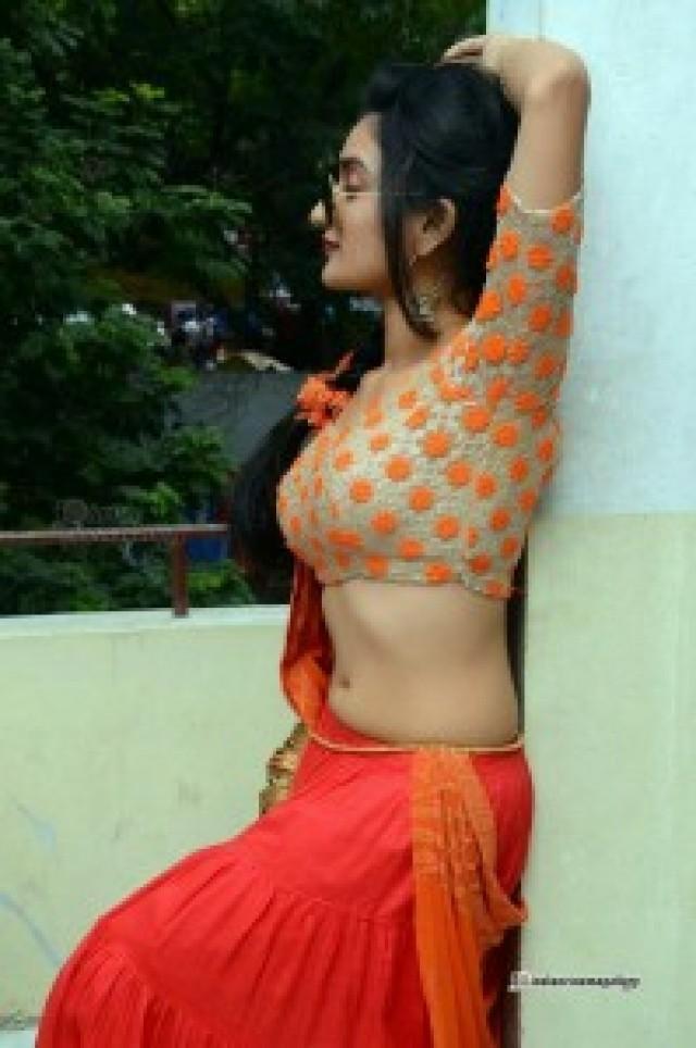 www.tamil aunties actress sex xossip.com