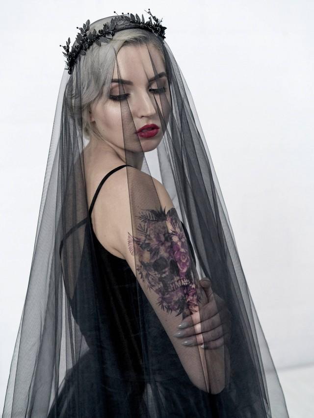 Black Bridal Veil Circle Drop Veil Alternative Bridal