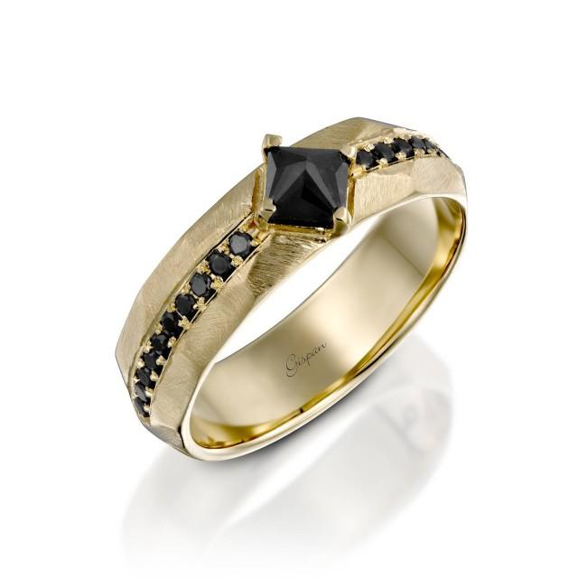 Mens Yellow Gold Wedding Band Antique