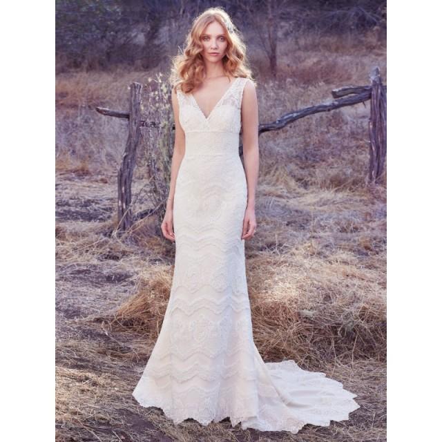 Maggie Sottero Fall 2017 Wedding Dresses: Maggie Sottero Fall/Winter 2017 Brynn Square Elegant Ivory
