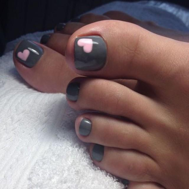 40 Eye Catching Toe Nails Designs That Are Easy To Learn 2856425 Weddbook