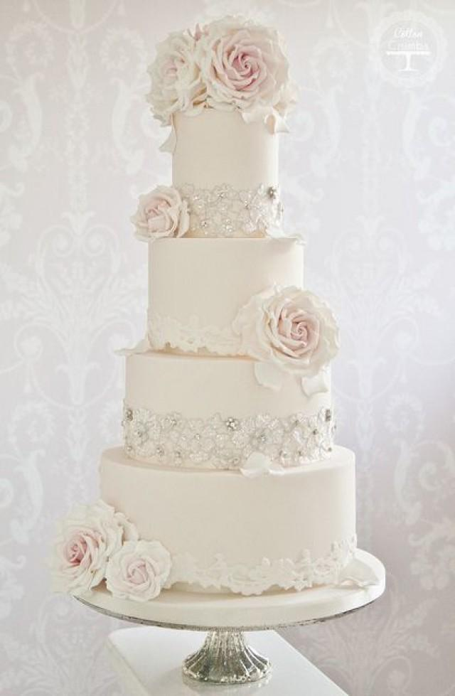 wedding cakes with red roses and bling cake bling and roses 2052958 weddbook 26098