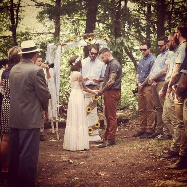 boho ar livre rústico celebração casamento noivos